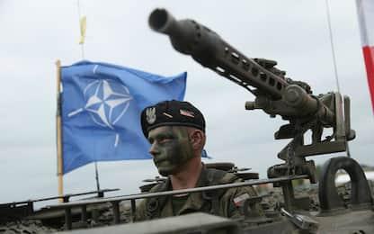 Hacker russi hanno preso di mira gli smartphone dei soldati Nato