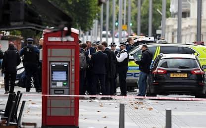 """Londra, auto su pedoni: diversi feriti. Polizia: """"Non è terrorismo"""""""