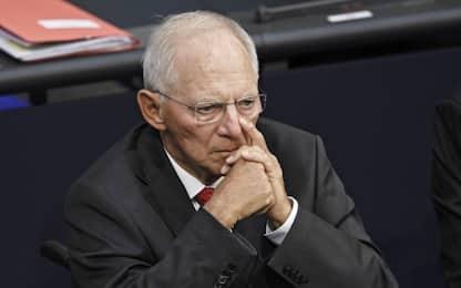 """Schäuble dà l'addio all'Eurogruppo: """"Più poteri al fondo salva stati"""""""