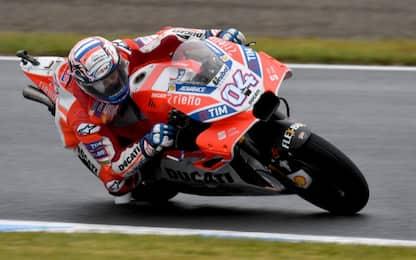 MotoGp, in Giappone vince Dovizioso davanti a Marquez. Rossi cade