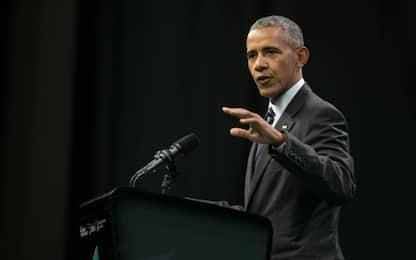 Il ritorno sulla scena politica di Obama. In New Jersey è acclamato
