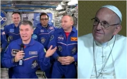 Papa Francesco dialoga con Nespoli e la stazione spaziale