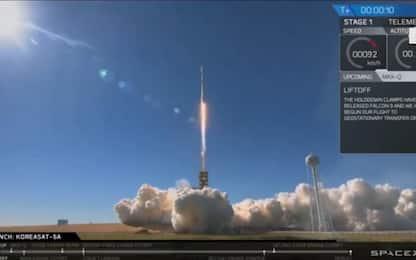 Il lancio del razzo nello Spazio dalla base Nasa. VIDEO