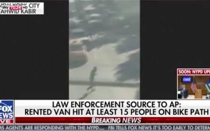 Attentato New York, il video della tentata fuga del presunto killer