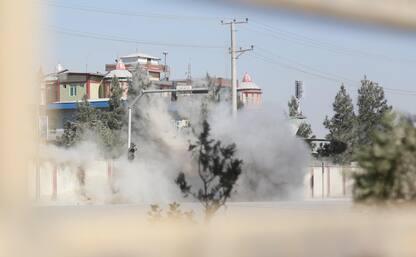 Kabul, commando armato in studi tv. Ci sono vittime