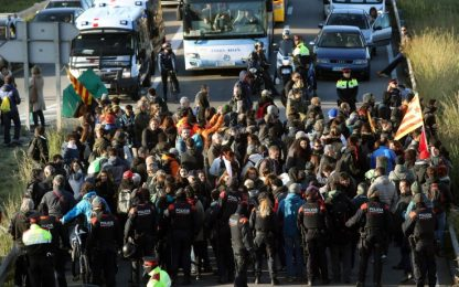 Sciopero in Catalogna: strade bloccate
