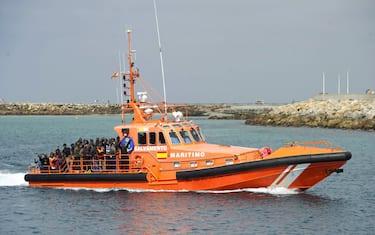 migranti-guardia-costiera-spagna-getty
