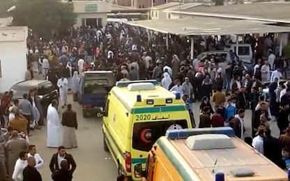 Egitto, attentato in moschea: almeno 235 morti, più di 100 feriti