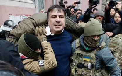Ucraina, Saakashvili fermato a Kiev. I suoi sostenitori lo liberano