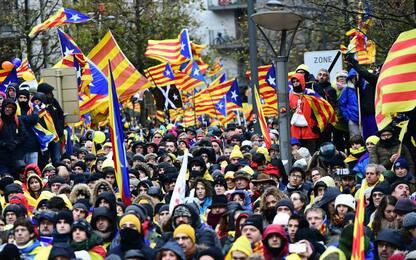 Catalogna contro Spagna: le tappe dello scontro per l'indipendenza