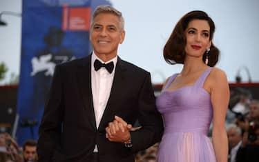 GettyImages-George_Clooney_e_Amal_Alamuddin_genitori_di_Ella_e_Alexander