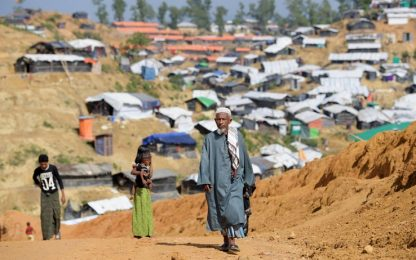 Rohingya, Medici senza frontiere: 6.700 uccisi in un mese