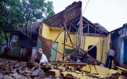 Indonesia, sisma a Giava: morti e crolli