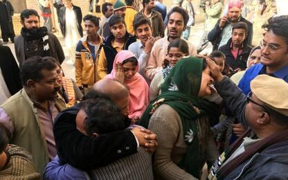 Pakistan, attacco suicida in chiesa: nove morti