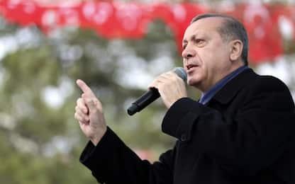 Turchia, fallito golpe: licenziati altri 2.700 dipendenti pubblici