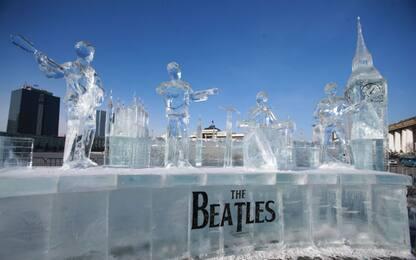 Mongolia, Beatles scolpiti nel ghiaccio