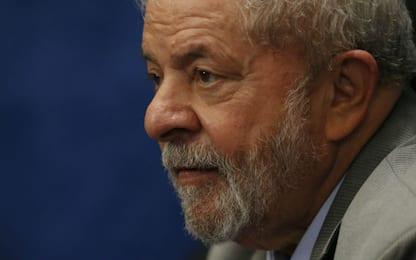 """Brasile, ex presidente Lula: """"Vogliono impedirmelo, ma sarò candidato"""""""