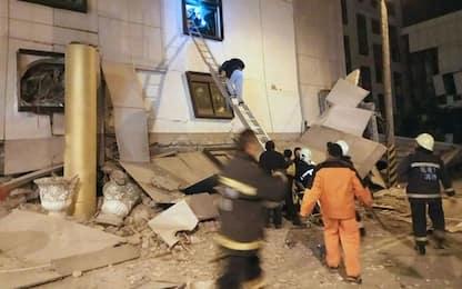 Terremoto Taiwan, le vittime sono almeno 4. Si cercano 140 persone