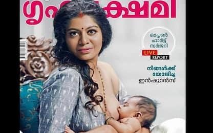 India, donna che allatta in copertina su rivista accende il dibattito