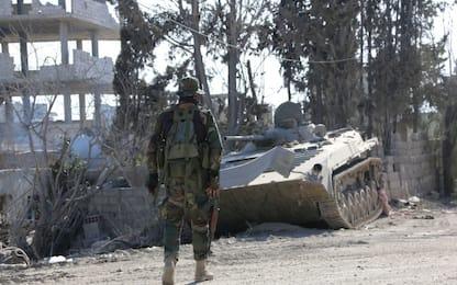 Siria, ancora combattimenti a Ghouta. Tv: 10mila civili in fuga
