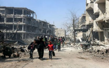 Siria, raid aereo colpisce scuola a Ghouta. Ong: uccisi bambini