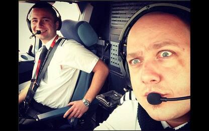 Giocano con Snapchat in volo: sospesi due piloti EasyJet