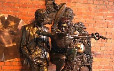 statua_david_bowie