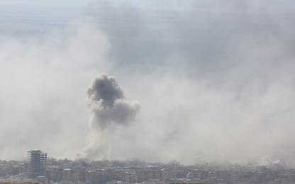 Siria, almeno 100 morti a Duma. Ribelli: usate armi chimiche