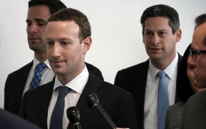 """Facebook, Zuckerberg al Congresso: """"È colpa mia, chiedo scusa"""""""