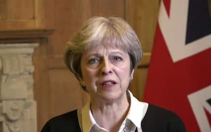 """Brexit, May: """"Pochi ma seri nodi da risolvere"""". Tusk: dubbi su accordo"""