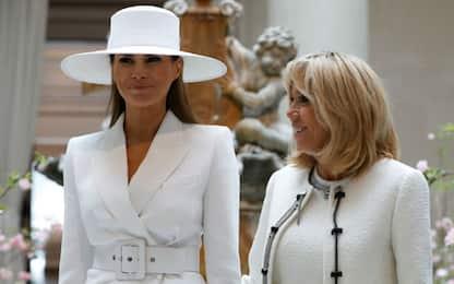 Melania e Brigitte, first lady in bianco