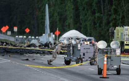 Usa, aereo militare precipita in Georgia: 9 morti. VIDEO