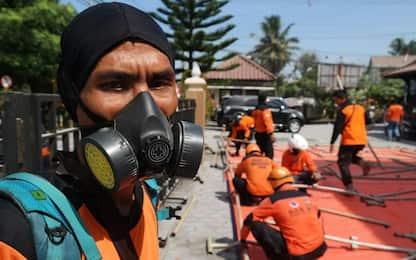 Indonesia, erutta il vulcano Monte Merapi: ordinata evacuazione