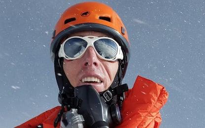 Everest, 117 giorni per scalare le Seven Summits: è record