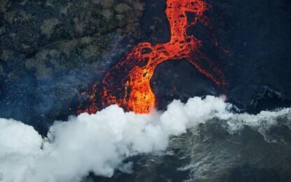 Eruzione vulcano Kilauea, le foto aeree