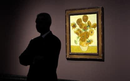 """I Girasoli di Van Gogh stanno """"appassendo"""": luce danneggerebbe dipinto"""