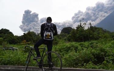 GettyImages-guatemala_vulcano_fuego6