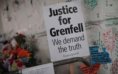 Grenfell Tower, un anno dopo la strage ancora domande senza risposta
