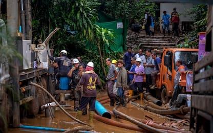 Thailandia, ragazzi nella grotta: le piogge rallentano il recupero
