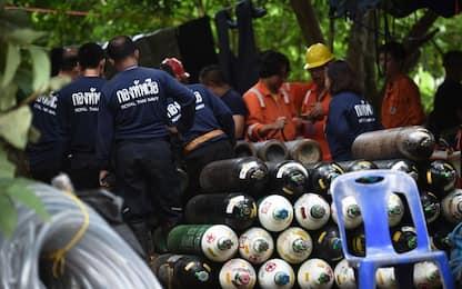 Thailandia, stallo nei soccorsi: fallito tentativo di creare un varco