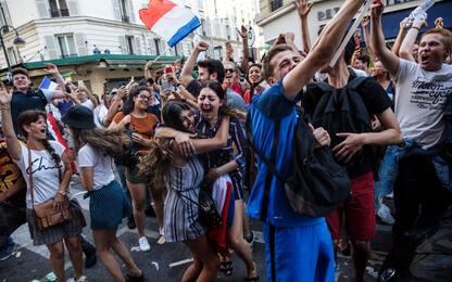 Francia campione, festa a Parigi