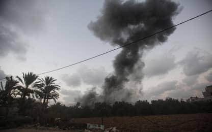 Israele, razzo da Gaza. Netanyahu interrompe comizio
