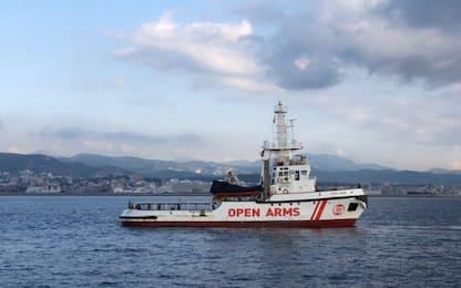 Migranti, l'Open Arms diretta in Spagna: 311 a bordo
