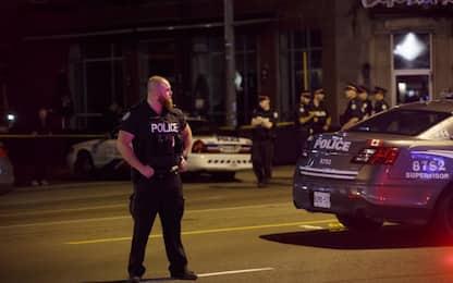 Spari sui passanti a Toronto: 2 morti, ucciso il killer