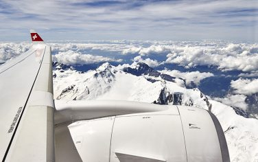GettyImages-Aereo-Alpi