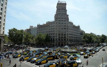 1GettyImages-barcellona_protesta_taxi