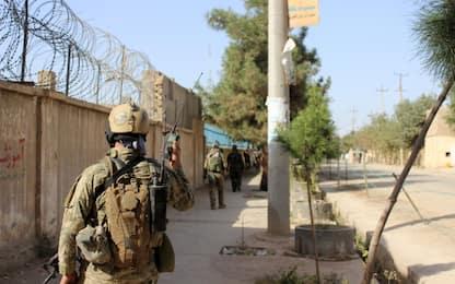 Afghanistan, tre soldati Nato uccisi in un attentato kamikaze