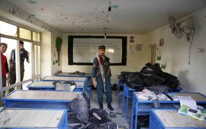 Afghanistan, l'Isis rivendica la strage degli studenti a Kabul