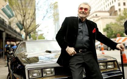 Morto l'attore Burt Reynolds colpito da un infarto. Aveva 82 anni