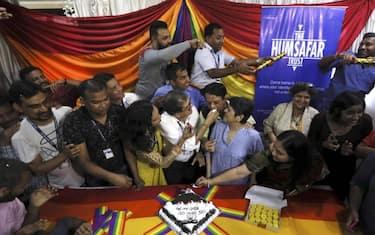 india-abolito-reato-omoseesualita